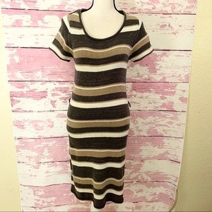 ROUTE 66 Scoop Neck Short Sleeve Knit Dress Small